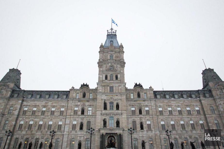 Le gouvernement Couillard déposera cette semaine un projet... (PHOTO IVANOH DEMERS, ARCHIVES LA PRESSE)