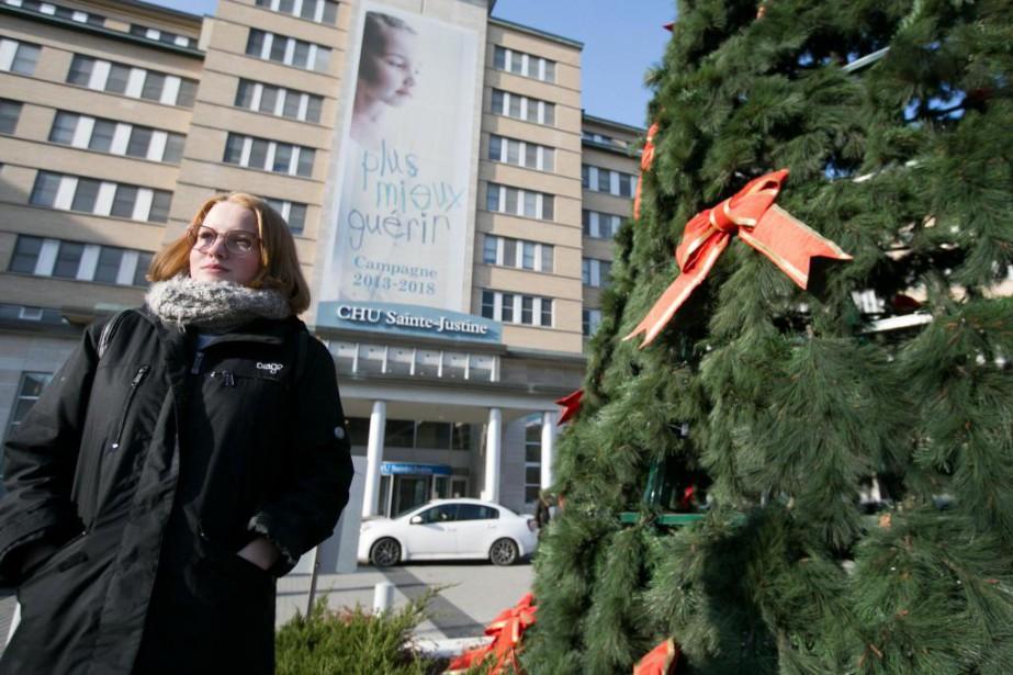 Camille Papineau Maurais, 17 ans, est atteinte defibrose... (Photo François Roy, La Presse)