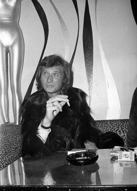 Johnny Hallyday lors d'une entrevue à Montréal le 30 novembre 1970. (Photo Yves Beauchamp, archives La Presse)
