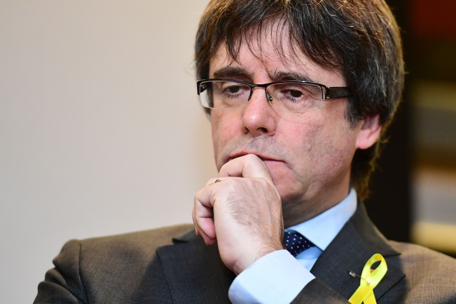 Carles Puigdemont... (Photo archives AFP)