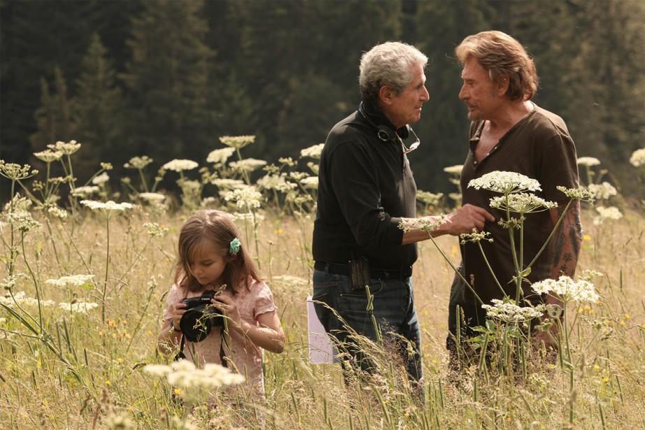 Claude Lelouch discute avec le chanteur et acteur... (photo fournie par les films 13)