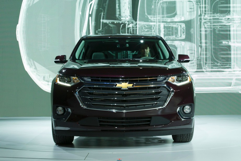 Le Chevrolet Traverse durant sa présentation au Salon de l'auto de Détroit le 9 janvier 2017. (AFP)