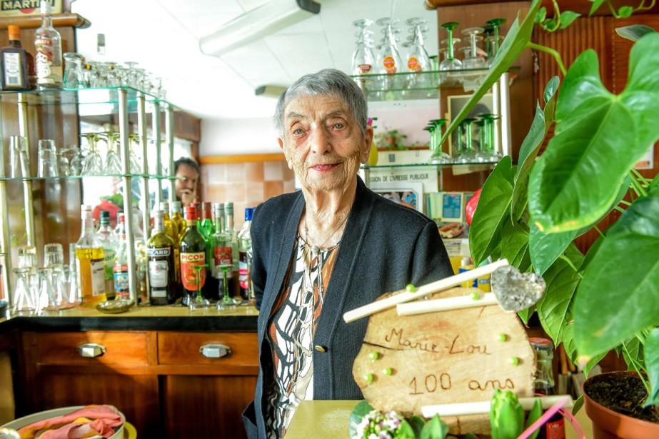 À 100 ans révolus, Marie-Louise Wirth continue d'officier... (Photo AFP)