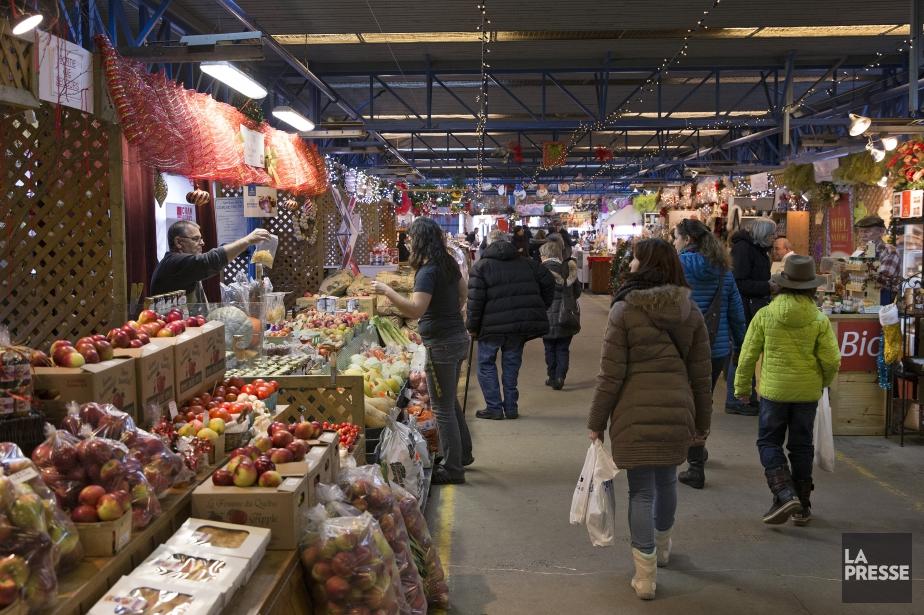 On retrouve des marchés de Noël dans la... (PHOTO ROBERT SKINNER, LA PRESSE)