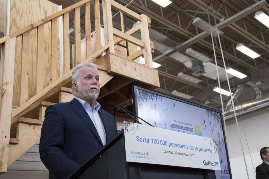 Pour le premier ministre Philippe Couilard, il est... (Photo Jacques Boissinot, La Presse canadienne)