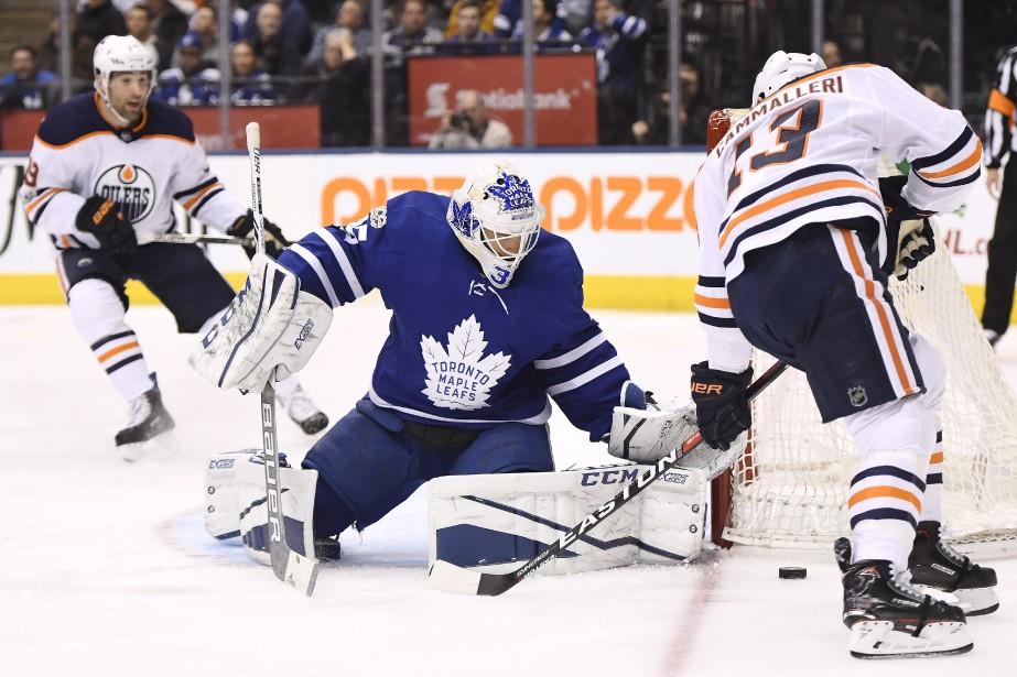 Curtis McElhinney a frustré tous les joueurs adverses.... (Photo La Presse canadienne)