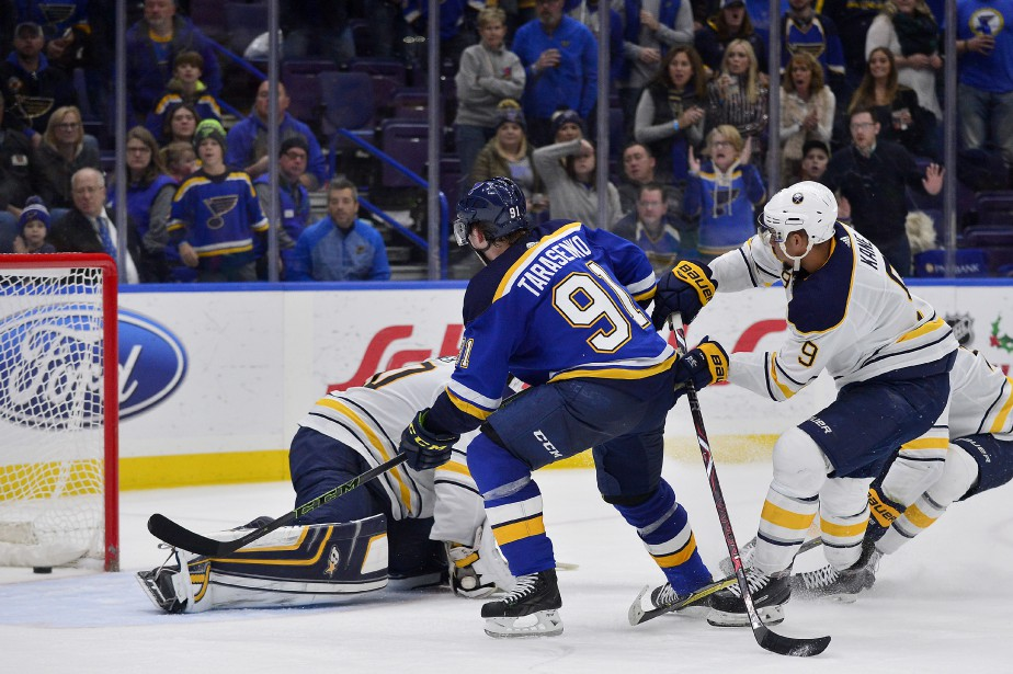 Vladimir Tarasenko a touché la cible alors qu'il ne restait... (PHOTO REUTERS)