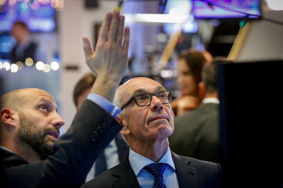 L'indice élargi S&P 500 a pris 4,12 points... (REUTERS)
