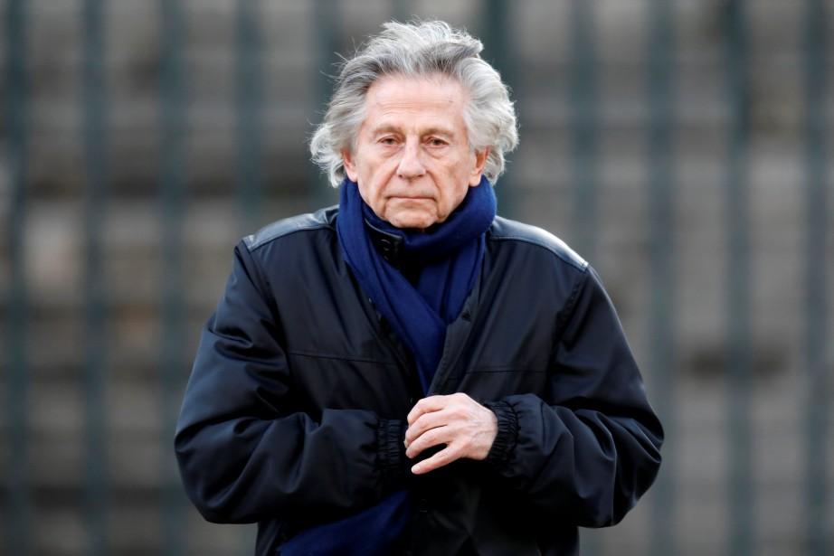 Roman Polanski quitte une Église après un hommage... (PHOTO ARCHIVES REUTERS)