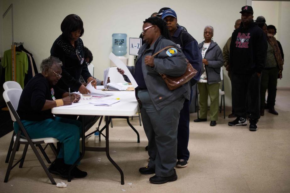 Selon les sondages de sorties d'urnes, 96% des... (PHOTO JIM WATSON, AGENCE FRANCE-PRESSE)