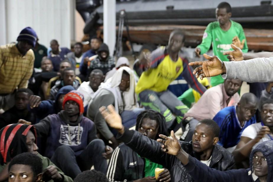 Mardi encore, Amnistie internationale a accusé les gouvernements... (REUTERS)