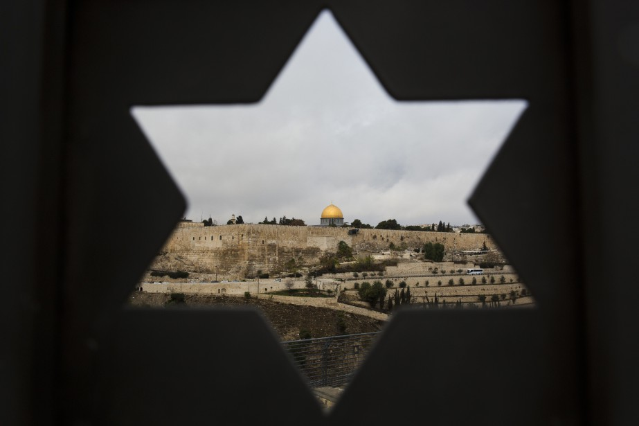 La décision de Donald Trump de reconnaître Jérusalem... (PHOTO Oded Balilty, AP)