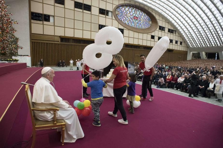 Le pape François fête son 81e anniversaire.... (Photo AFP)