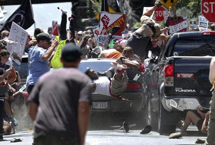 Le 12 août dernier, à Charlottesville, un sympathisant... (ARCHIVES AP)