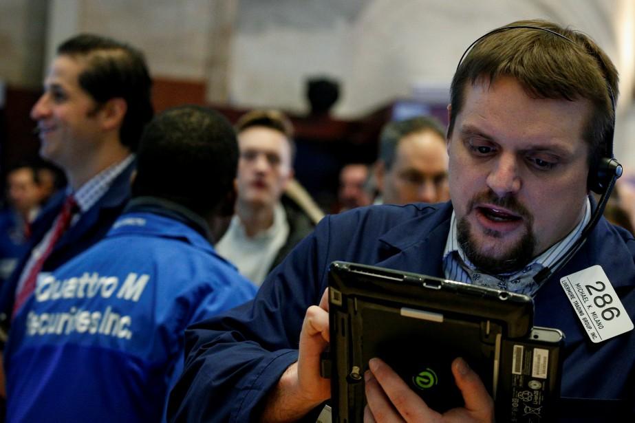 La Bourse de New York a terminé dans le rouge mardi, faisant... (Photo REUTERS)