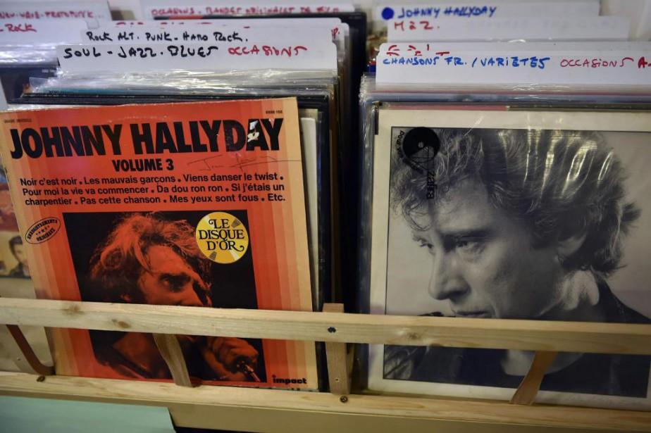 Trente-sept albums deJohnny Hallydayse sont retrouvés parmi les... (Photo Remy Gabalda, Agence France-Presse)