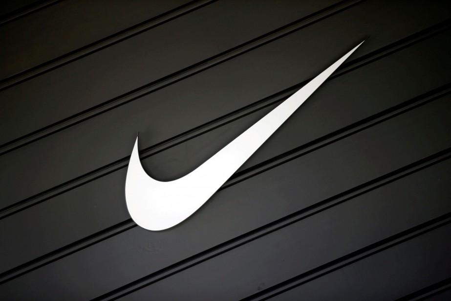 Nike a attribué la baisse de son bénéfice... (PHOTO ARCHIVES REUTERS)