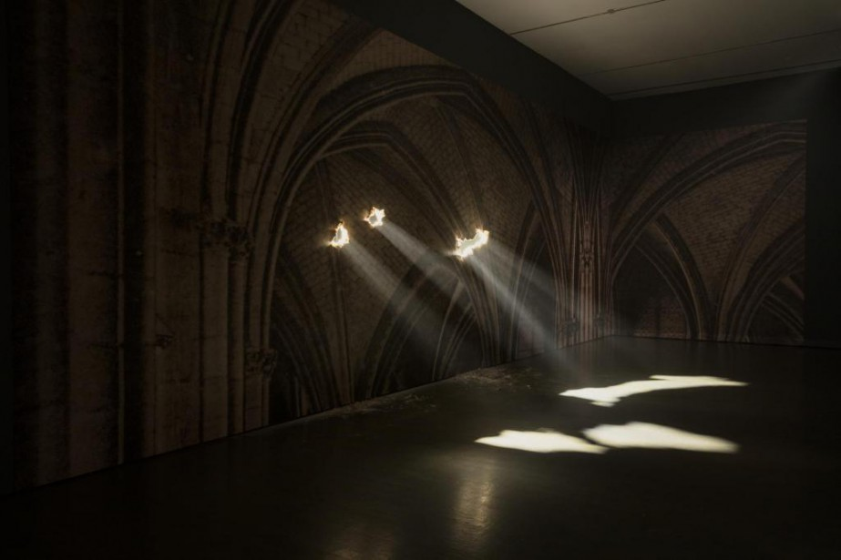 Yann Pocreau, Cathédrale, 2013. Impression sur papier peint,... (Photo Richard-Max Tremblay, fournie par le MAX)