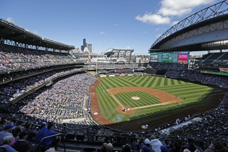Le salaire moyen du Baseball majeur décline pendant... (Photo AP)