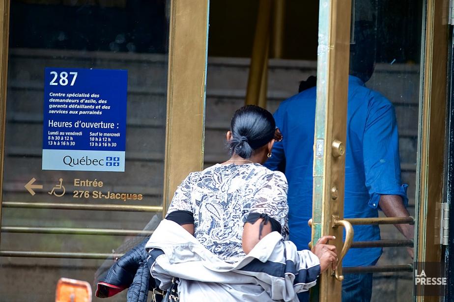Le Comité d'action des personnes sans statut (CAPSS)... (PHOTO ANDRÉ PICHETTE, ARCHIVES LA PRESSE)