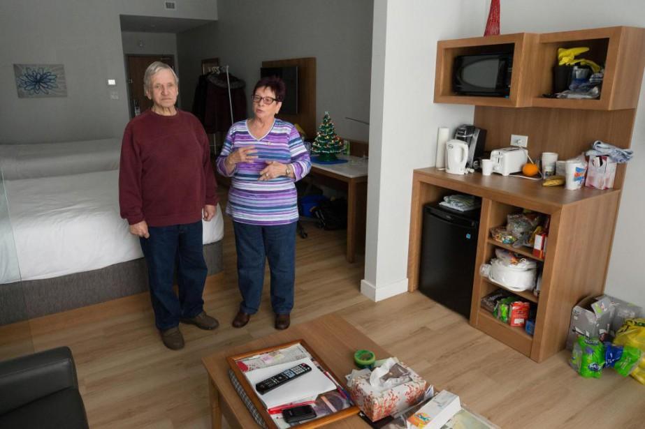 André et Micheline Poirier, un couple de septuagénaires,... (Photo Robert Skinner, La Presse)