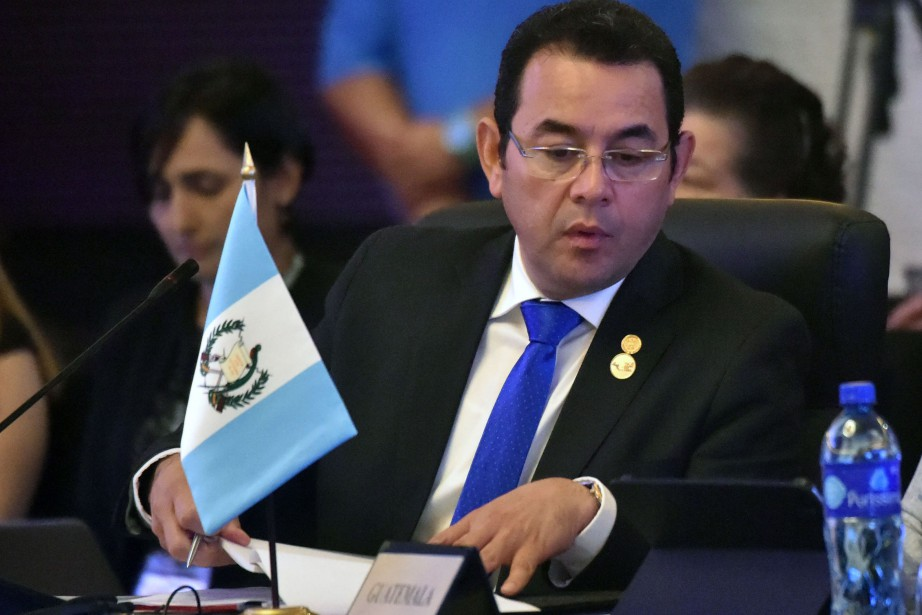 Jimmy Morales... (AFP)