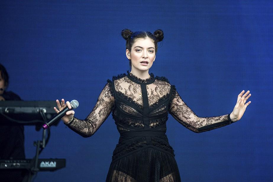 Lorde, lors d'un spectable à San Francisco, en... (Amy Harris, Invision via AP)