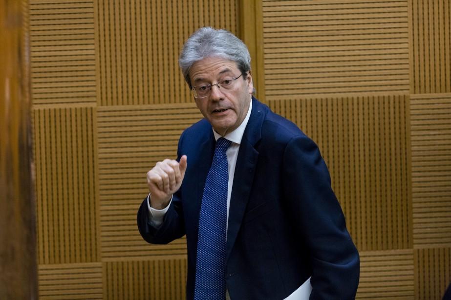 Le président de la République italienne, Sergio Mattarella... (PHOTO Domenico Stinellis, AP)