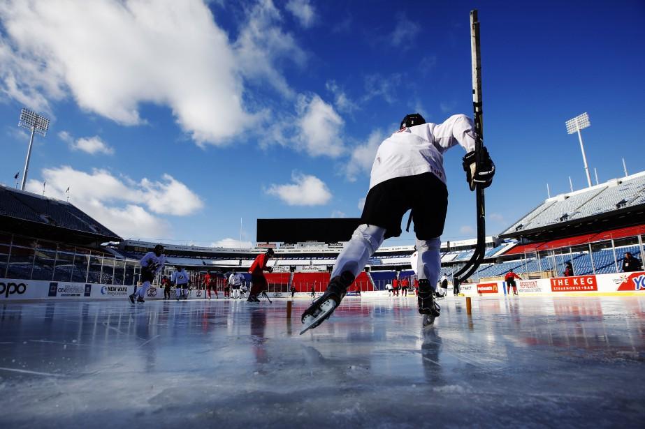 Les joueurs de l'équipe canadienne junior s'entraînaient jeudi... (Photo Mark Blinch, LA PRESSE CANADIENNE)