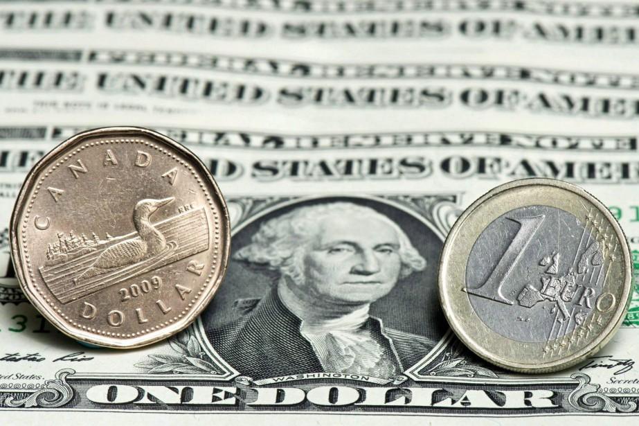 L'euro valait 1,1954 dollar américain ce matin, au... (Photo archives La Presse canadienne)