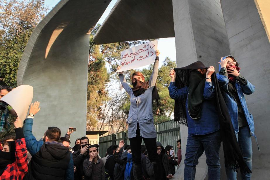 Les manifestations semblent être les plus importantes à... (AFP)