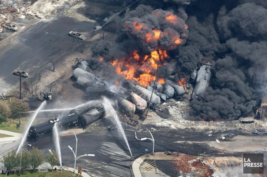 Le déraillement tragique du convoi de 72 wagons... (Photo archives La Presse)