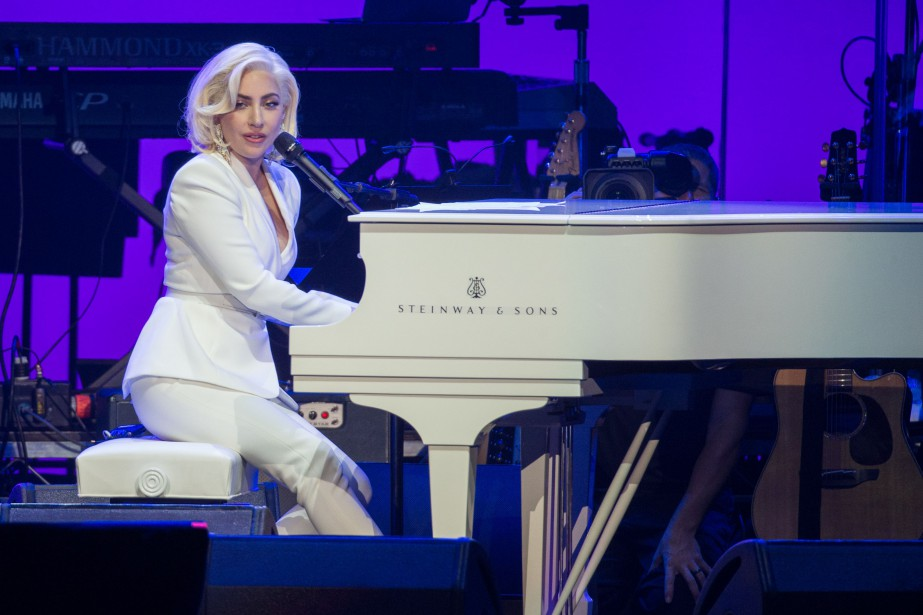 Lady Gaga... (Photo Jim Chapin, archives AFP)