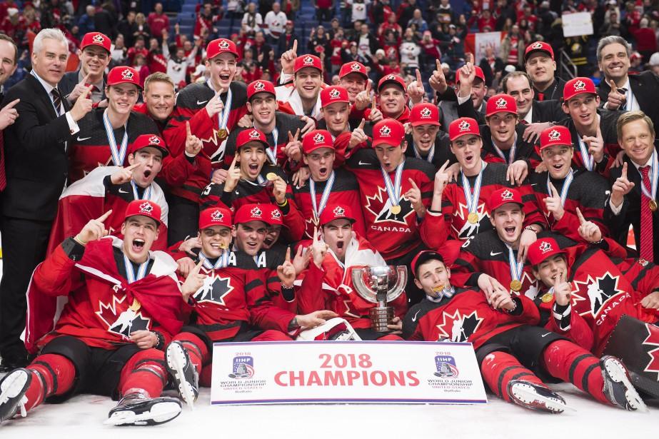 Il s'agit d'une 17emédaille d'or pour le Canada,... (Photo Nathan Denette, La Presse canadienne)