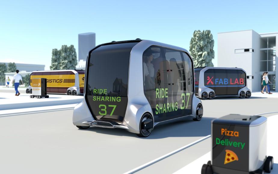 Uber, qui collabore avec Toyota pour le développement des e-Palette, pourrait mettre la main sur ces véhicules pour ses taxis sans chauffeur. | 8 janvier 2018