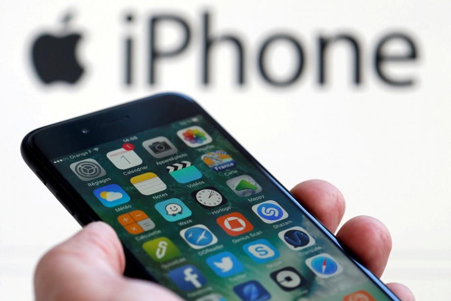 Selon sa plainte,HOPestime qu'Apple, à travers les mises... (Photo ARCHIVES REUTERS)