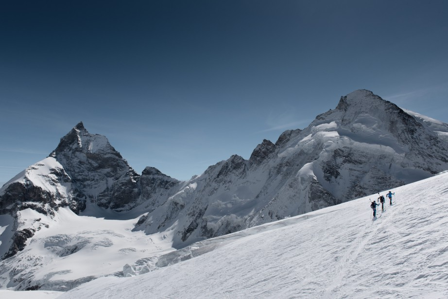 En Suisse, les régions du Haut-Valais ont enregistré... (Christian Gisi/Mammut/PHOTOPRESS)