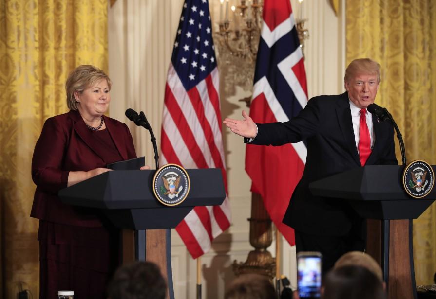Selon Donald Trump, les États-Unis devraient plutôt accueillir... (PHOTO AP)