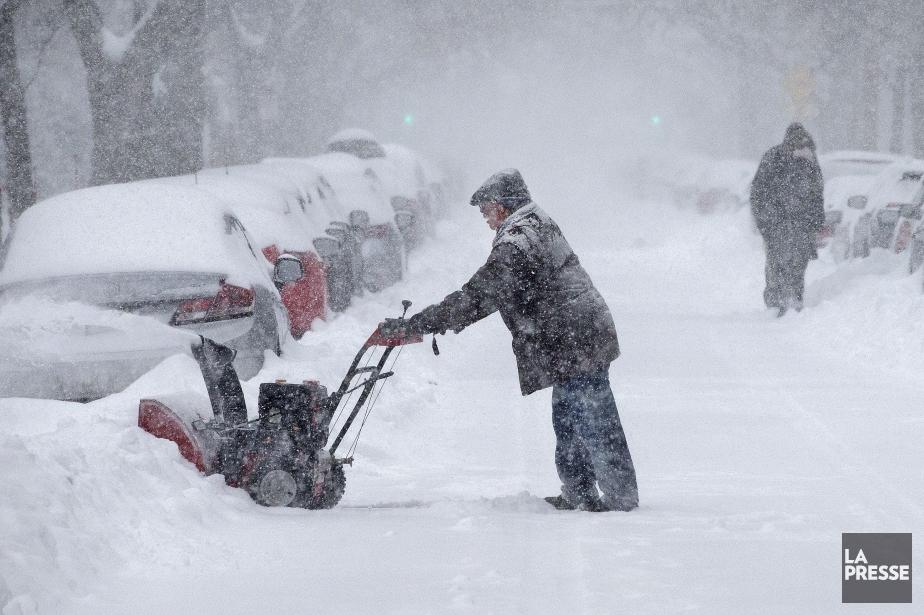 Pas moins de 36centimètres de neige se sont... (PHOTO ROBERT SKINNER, LA PRESSE)
