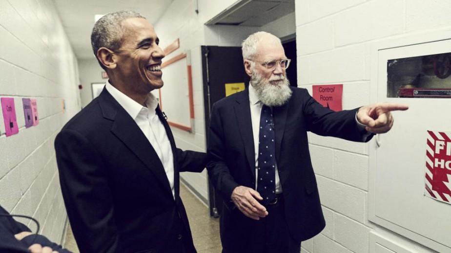 Barack Obama est le premier invité du talk-show... (Photo fournie par Netflix)