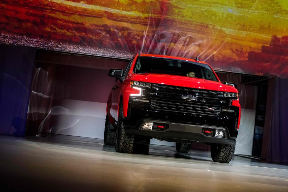Le pick-up Chevrolet Silverado est un des nombreux gros véhicules qui ont été dévoilés au Salon de l'auto de Détroit. | 15 janvier 2018