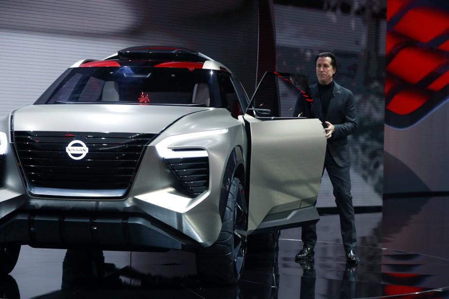 Alfonso Albaisa, le patron du design chez Nissan, présent le prototype X-Motion. | 15 janvier 2018