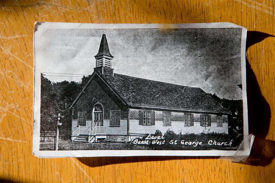 Construite en 1916, l'église portait le nom de Laval West St. George Church. Elle a cessé ses activités dans les années 70.   16 janvier 2018
