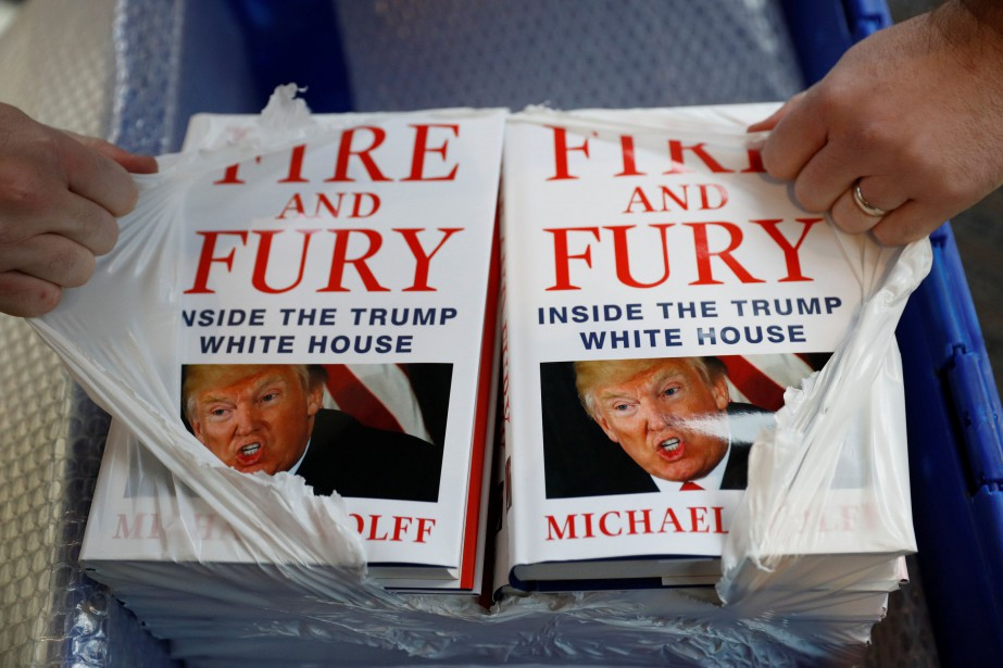 Le livre Fire and Fury: Inside the Trump White... (Photo Phil Noble, REUTERS)