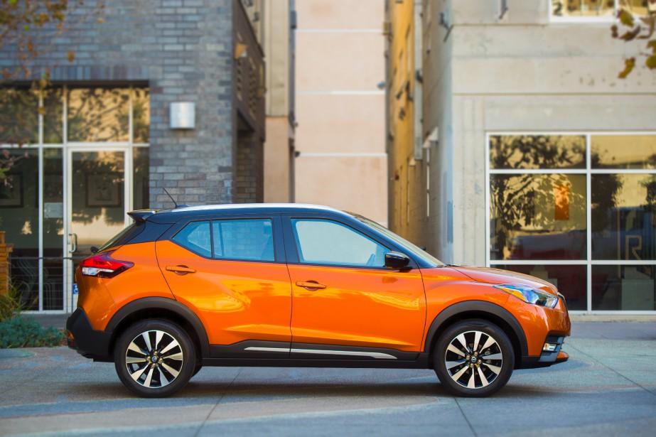 Nissan Kicks -  En format poche, les utilitaires ressemblent à des jouets. Le Kicks injecte avec son traitement bicolore et sa physionomie sympathique une dose de renouveau dans un segment en devenir. | 19 janvier 2018