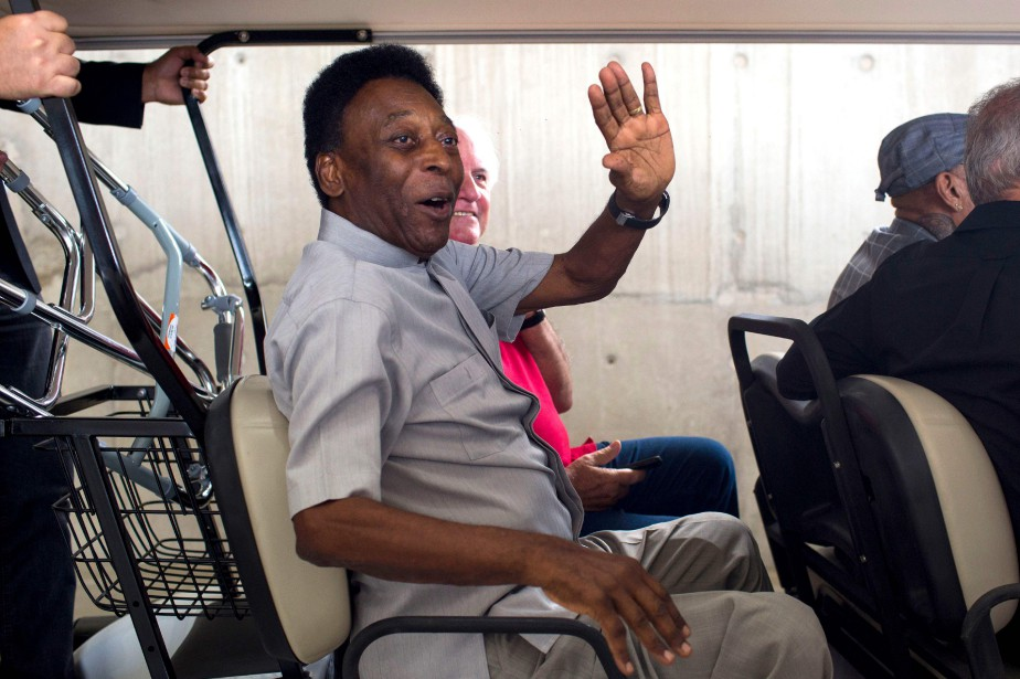 Pelé... (Photo Mauro Pimentel, AFP)