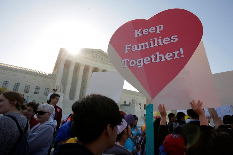 Des activistes en faveur de l'immigration ont manifesté... (PHOTO JOSHUA ROBERTS, ARCHIVES REUTERS)