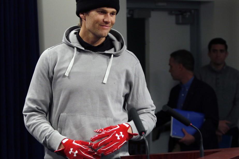 Tom Brady... (Photo Bill Sikes, AP)