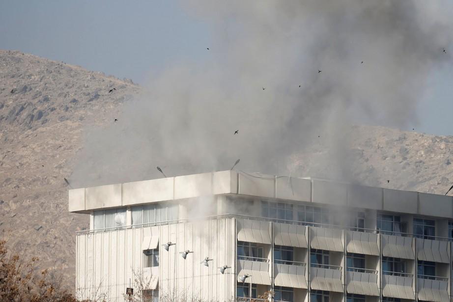 Le commando s'était introduit samedi peu après 21h00... (Photo Mohammad Ismail, REUTERS)