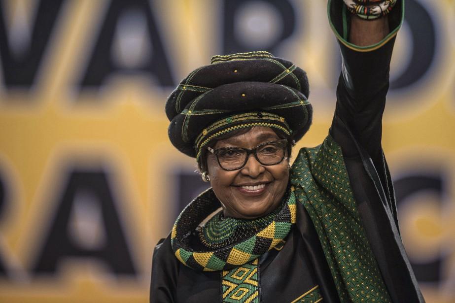 Winnie Mandela... (Photo MUJAHID SAFODIEN, archives Agence France-Presse)